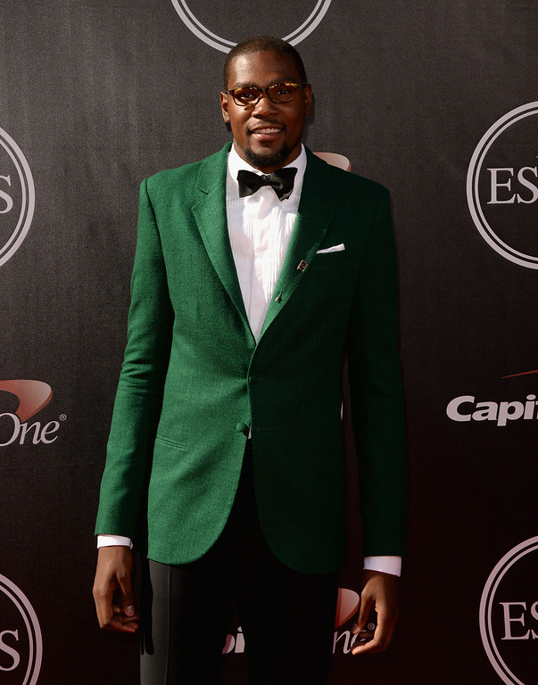 . LOS ANGELES, CA - JULY 16:  NBA player Kevin Durant attends The 2014 ESPYS at Nokia Theatre L.A. Live on July 16, 2014 in Los Angeles, California.  (Photo by Jason Merritt/Getty Images)