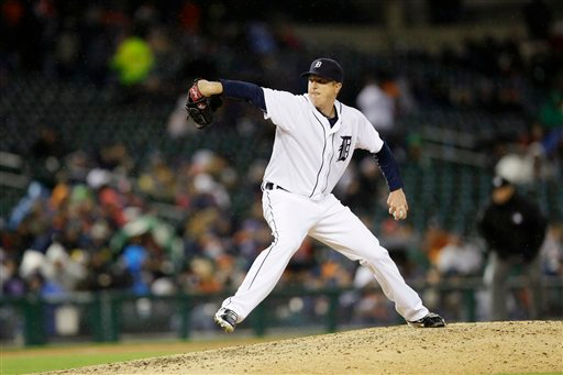 . Detroit Tigers relief pitcher Tom Gorzelanny throws during the seventh inning of a baseball game against the New York Yankees, Tuesday, April 21, 2015, in Detroit. (AP Photo/Carlos Osorio)