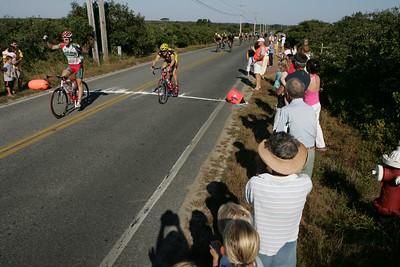 Tour de Loop -- 27 August 2005 / Pre race, finish line documentation