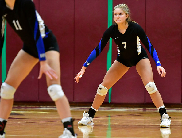 11/14/2018 Mike Orazzi | Staff Bristol Eastern's Zoe Lowe (7) during the Class L Semifinal State Girls Volleyball Tournament held at Windsor High School Wednesday night.