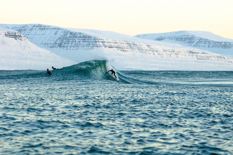 ICELAND DECEMBER SURFER TRIP