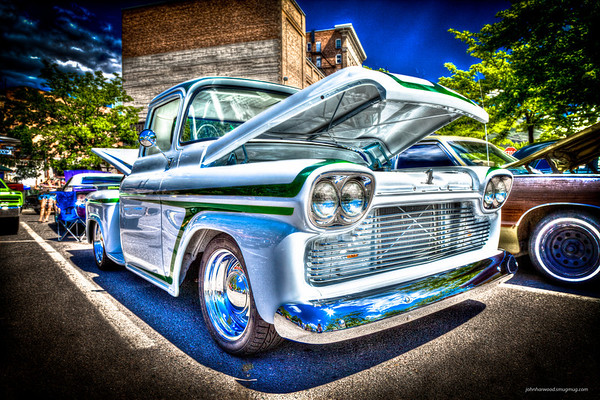 1958 Chevy PU - White-Green Kevin Beth