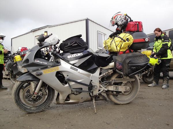 IMAGE: http://www.motoception.com/photos/i-QhR6VFb/0/M/i-QhR6VFb-M.jpg