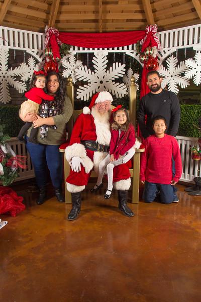 Santa 12-16-17-322.jpg