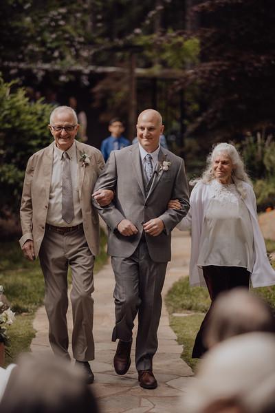 2018-05-12_ROEDER_JulieSeth_Wedding_ROEDER2_0012.jpg