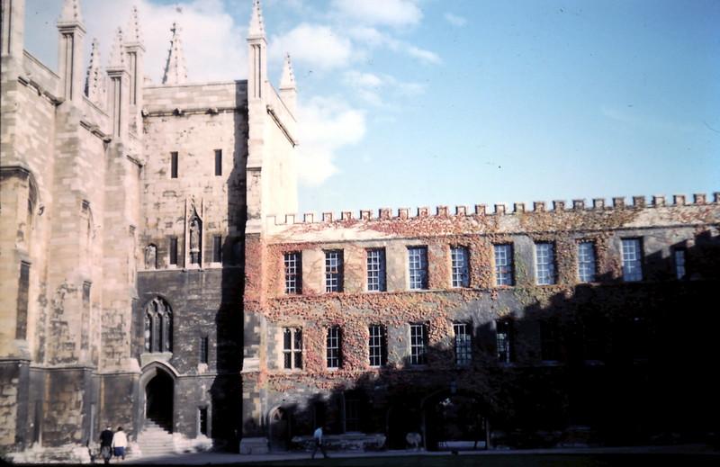 1959-10-19 (12) Chapel & wall New College, Oxford, England.JPG