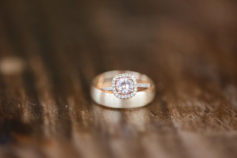 Lachniet-MARRIED-a-Pre-Ceremony-0075.jpg