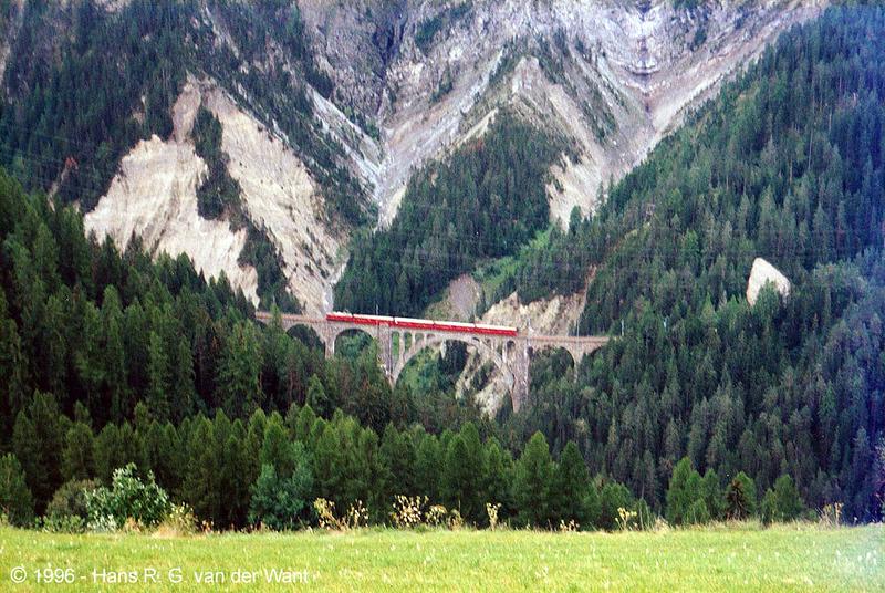 26-08-1996_RhB_wiesener_viaduct_b.jpg