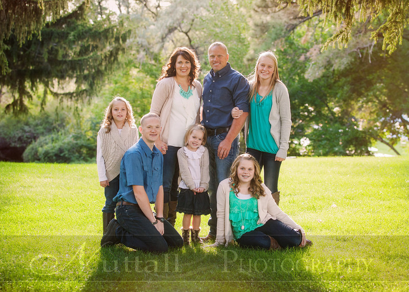 Gustaveson Family 02.jpg