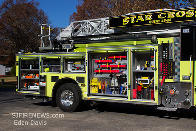 Star Cross Fire Co. (Gloucester County NJ) Ladder 43-36