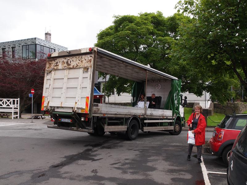 Sølvbryllup på ladet af en lastbil. Foto- Martin Bager-7181676.jpg
