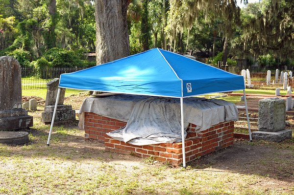 Oak Grove Cemetery Society Restoration of the Whitfield Plot 07-15-19