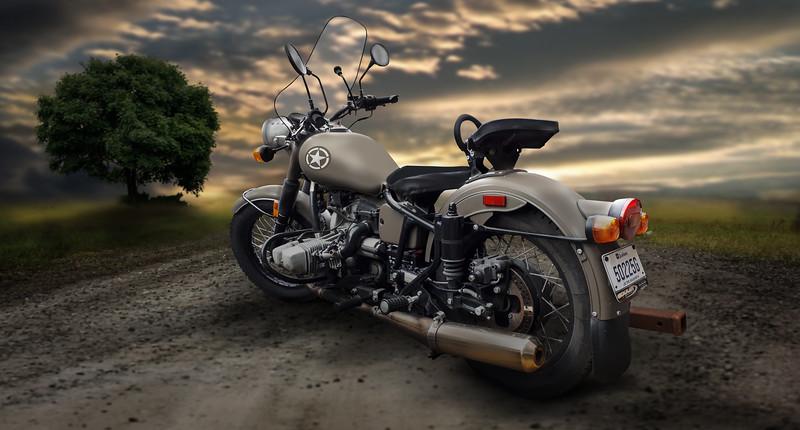 moto93-lr.jpg