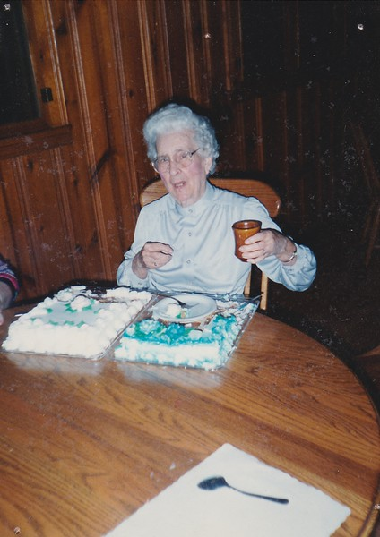 SCN_0022 Mary Beck Grinstead birthday September 19 what year is this.jpg