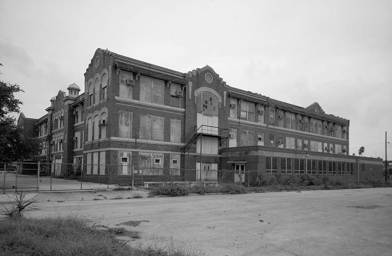View of west side of George Washington Junior High School, facing southeast. - George Washington Junior High School, 707 Columbus Drive, Tampa, Hillsborough County, FL
