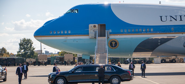 President Donald J. Trump and the First Lady arrival on Air Force One for tonight's Presidential Debate.  Nashville International Airport 10-22-20