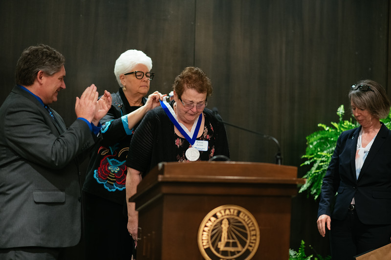 20190425_Faculty Awards-5759.jpg