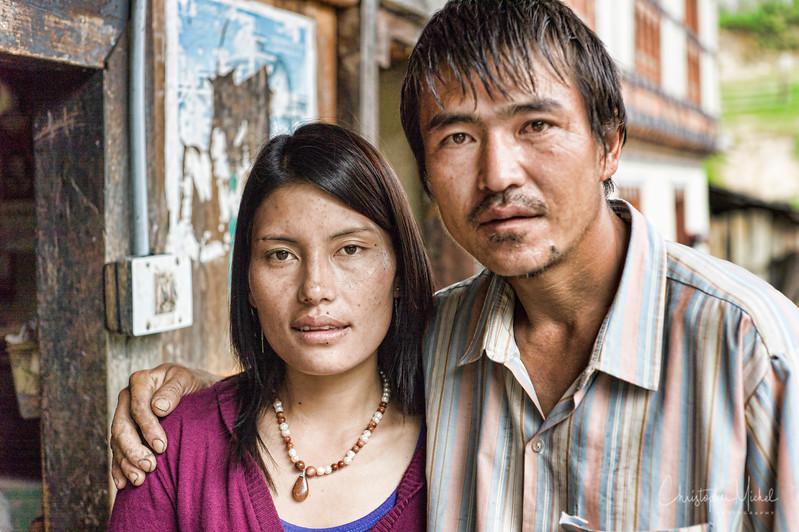 punakha-dzong_chorten-nebu_20120917_9076.jpg