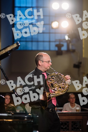 © Bach to Baby 2017_Alejandro Tamagno_Covent Garden Afternoon_2017-12-20 008.jpg
