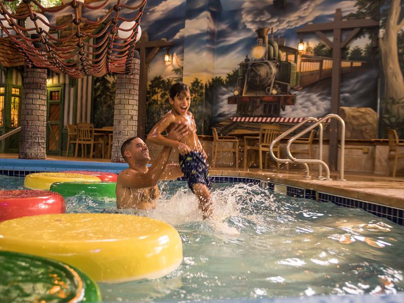 Country_Springs_Waterpark_Kennel-4209.jpg