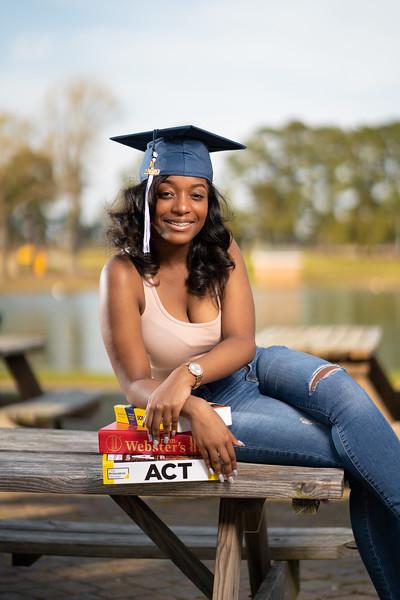 Rochelle-graduation2019-14.jpg