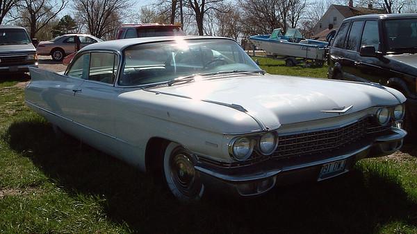 April 4, 2004:  '60 Cadillac, '66 T-Bird for sale near St. Louis .  .  .