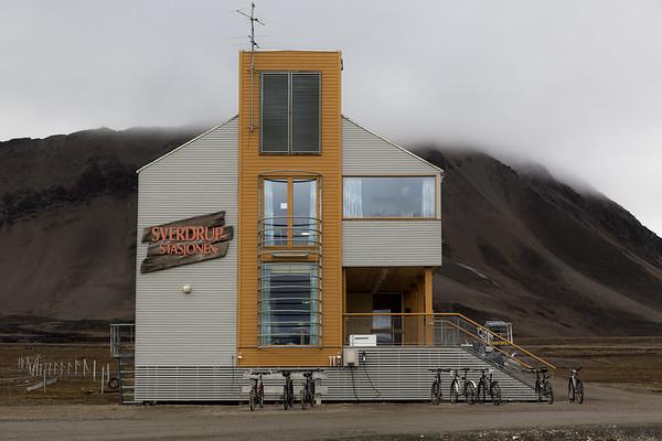 Svalbard - Man & Nature