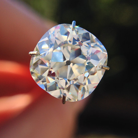 4.01ct and larger