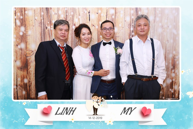 Linh-My-wedding-instant-print-photo-booth-in-Ha-Noi-Chup-anh-in-hnh-lay-ngay-Tiec-cuoi-tai-Ha-noi-WefieBox-photobooth-hanoi-166.jpg