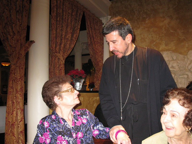 2011-12-01-Philoptochos-Christmas-Luncheon_039.JPG
