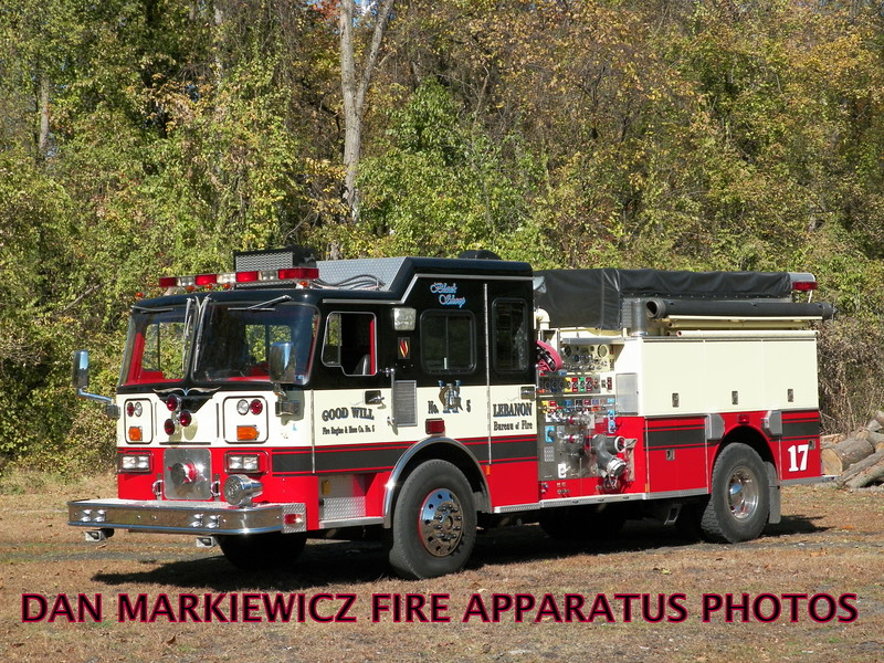 ANTIQUE 1982 SEAGRAVE PUMPER X-GOODWILL FIRE CO. LEBANON PA