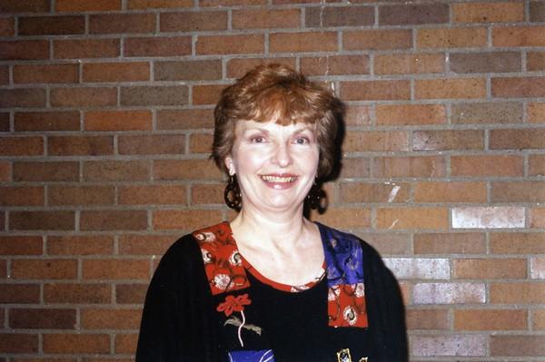 Vicki Leon, 1999