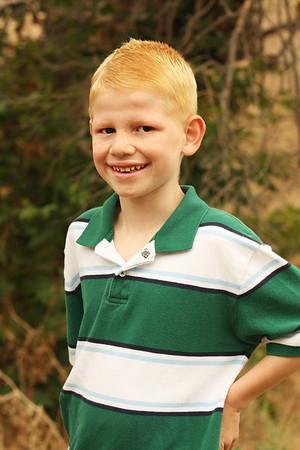 Family Pics by Kellie Larsen 8-2011