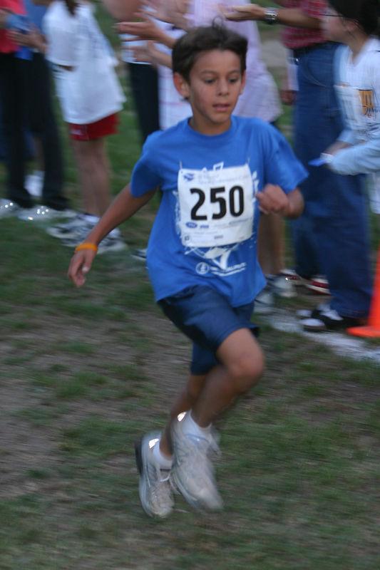 2005-10-19-carmel-pups-x-mile