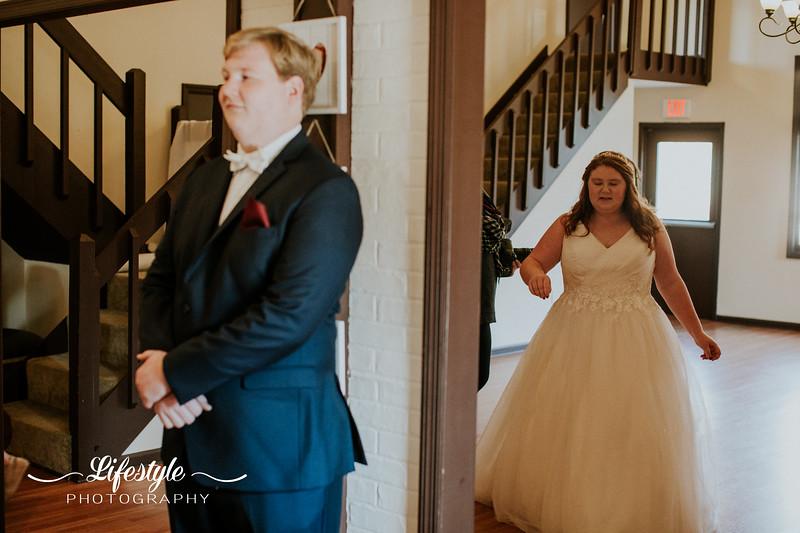 Wade-wedding-watermarked-171.jpg