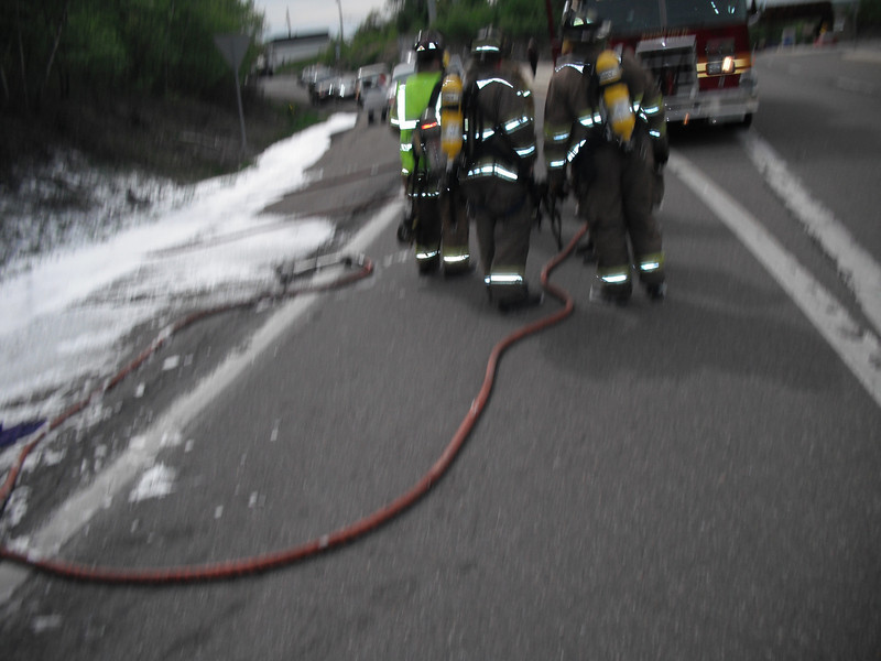mahanoy township vehicle fire2 5-7-2010 006.JPG