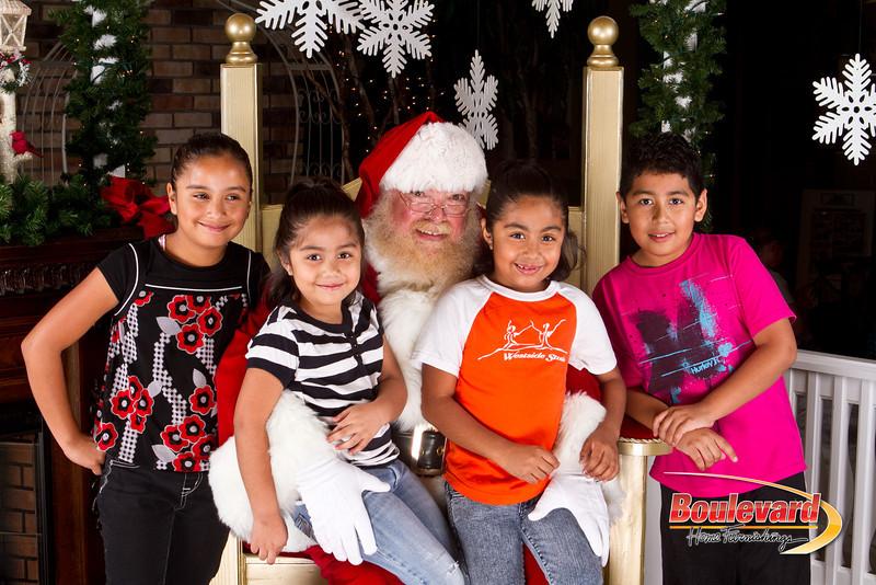 Santa Dec 8-110.jpg