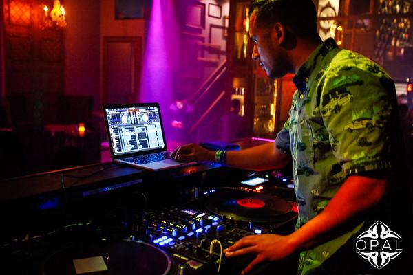 9-5[Set Saturdays - DJ EZ]