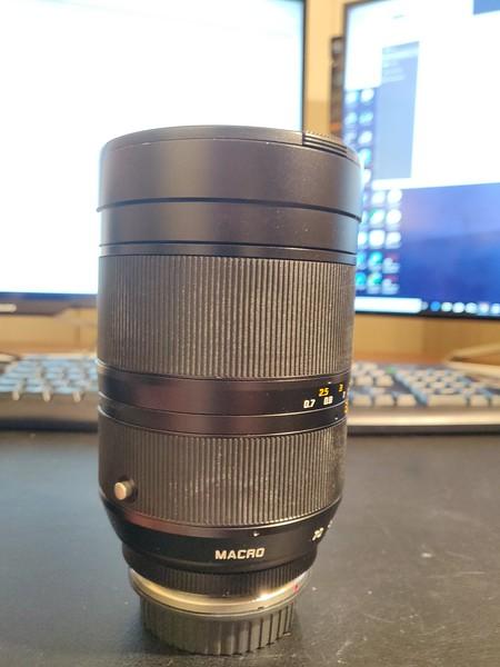 Leica R 35mm–70mm 2.8 Vario-Elmarit-R ASPH Converted Canon EOS Boxed - Serial 3839244 006.jpg