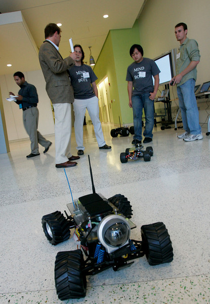 """""""Mind the Bots!"""" Next-Generation Visualization and Networking Facilities, Calit2 (the """"FiRe Lab""""), UCSD: Gizmo Wi-Fi robots"""