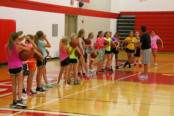 WMS Girls Basketball Summer Camp 060118