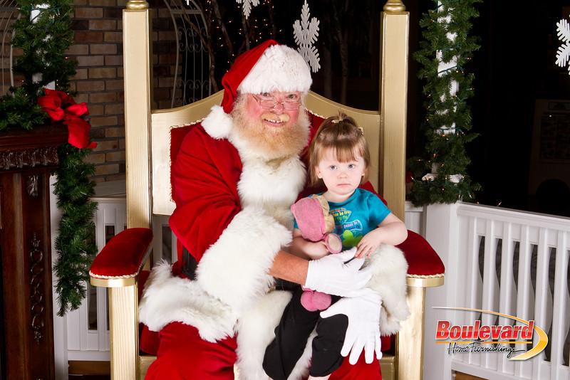 Santa Dec 8-346.jpg