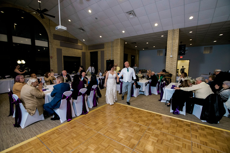 chateau-on-the-river-trenton-michigan-wedding-0381.jpg