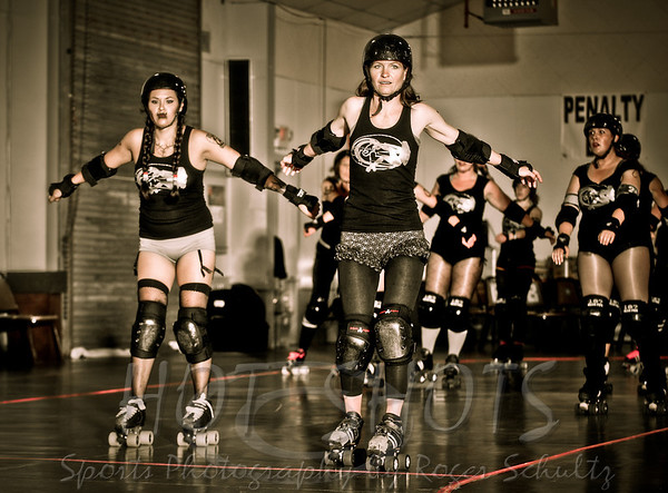 Bout Pics Angry Beavers @ Tsunami Sirens with a twist 06-23-12