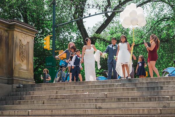 Boda Civil en el Parque Central - Carlos & Maria