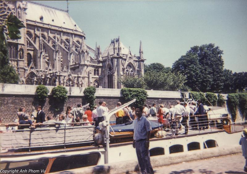 Paris 90s 007.jpg