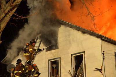 3rd Alarm Structure Fire - 206  Dudley St, East Great Plain, CT - 12.7.12