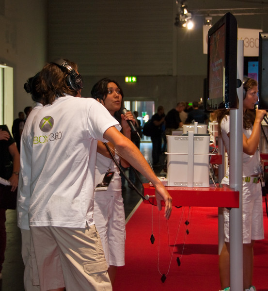 Lips for Xbox 360 at GamesCom