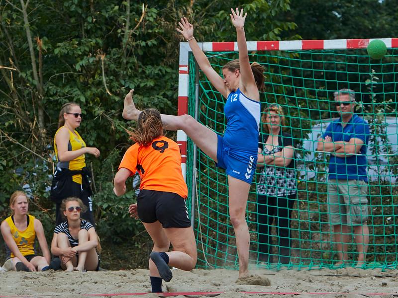 Molecaten NK Beach Handball 2015 dag 2 img 253.jpg