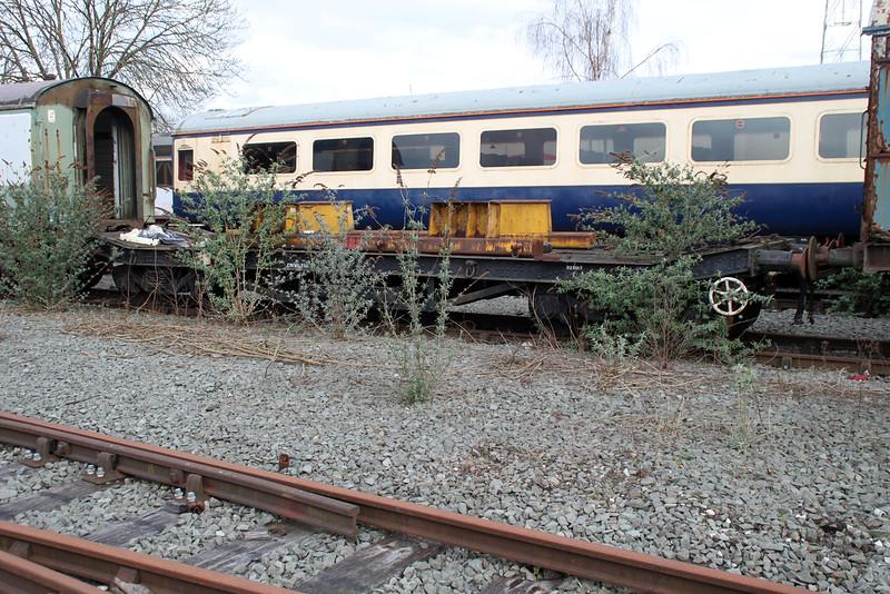 iu 025017 Crewe Diesel Depot 17/03/12